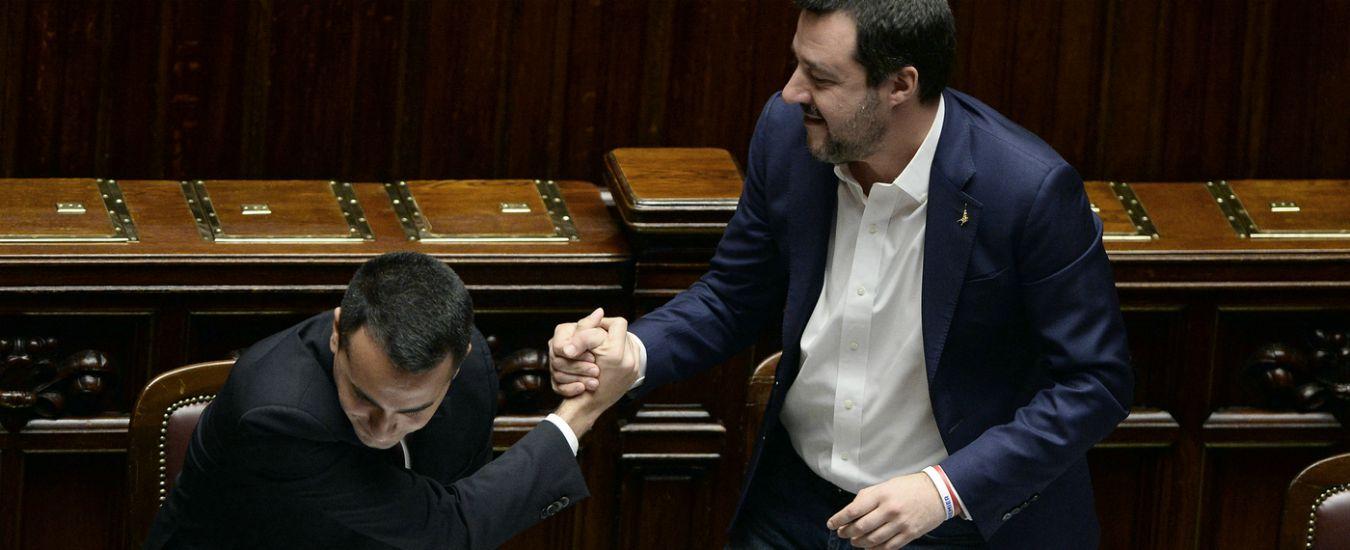 """Salvini-Di Maio, lite anche sullo spread. Giorgetti: """"Se litigiosità così anche dopo il voto, non si va avanti: è insostenibile"""""""