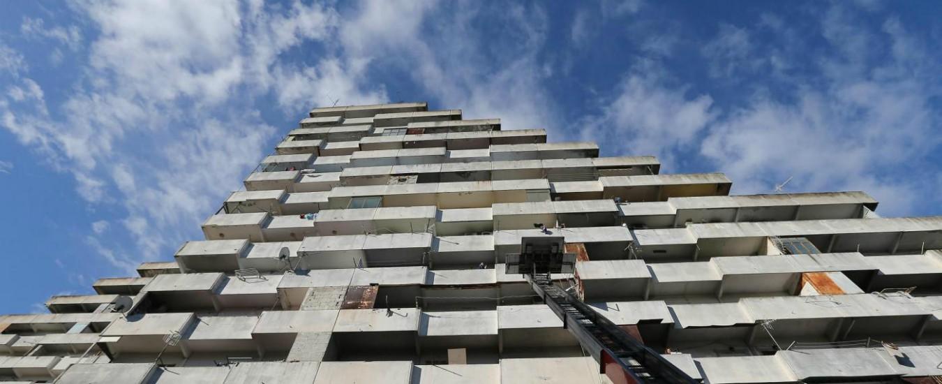 Napoli, da Scampia arriva una lezione: la periferia può rinascere senza guerre tra poveri