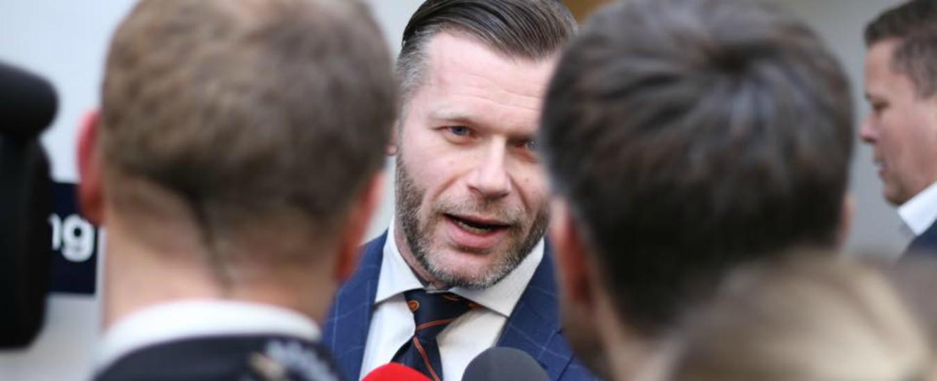 """Danimarca, candidato fa campagna elettorale su PornHub. """"Bisogna andare dove ci sono gli elettori"""""""