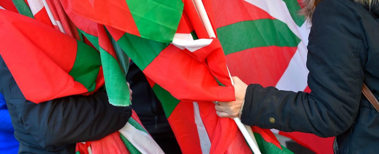 Spagna, arrestato Josu Ternera, ex capo politico dell'Eta. Era ideatore della strage nelle caserme di Saragozza del 1987