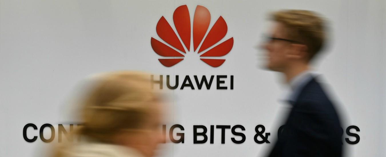 """Usa, Trump dichiara stato di emergenza a tutela delle reti tlc: """"Huawei è un rischio per la sicurezza nazionale"""""""