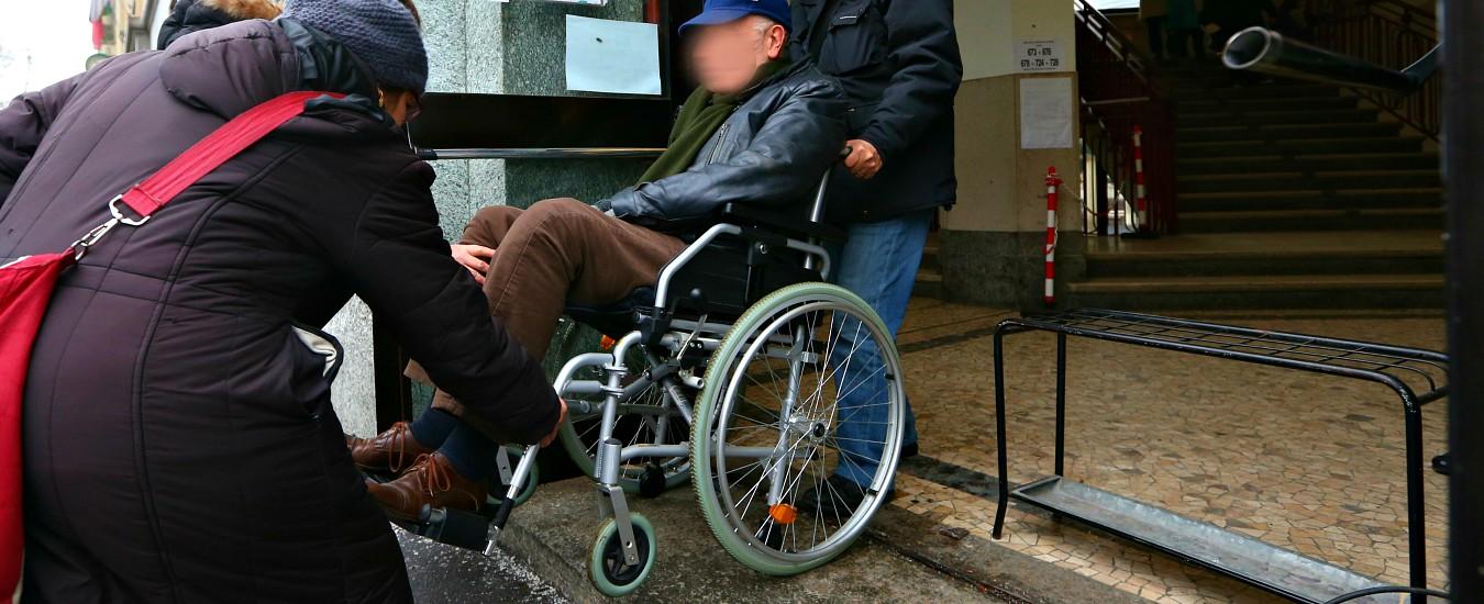 """Europee, l'odissea alle urne di milioni di disabili: tra barriere e poca assistenza. """"Diritto di voto negato per 800mila"""""""