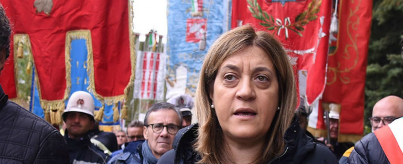 Umbria, il Pd respinge le dimissioni di Catiuscia Marini. E anche la governatrice indagata vota per salvarsi