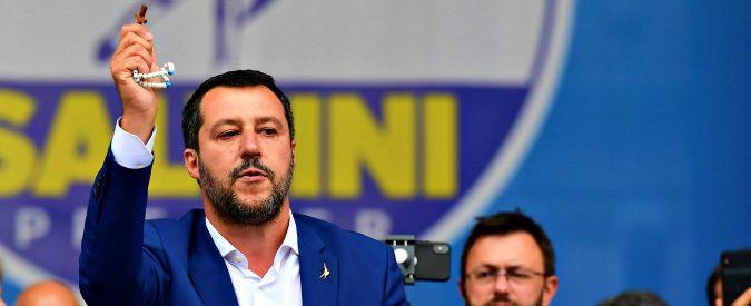 O Salvini o la croce: come fanno i cattolici a votare per la Lega?