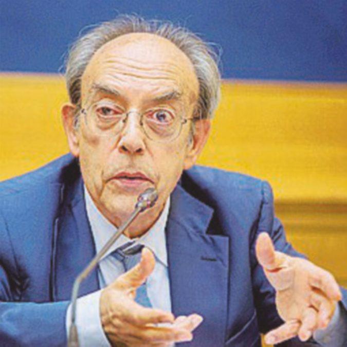 """Villone: """"Norma incostituzionale Mattarella non deve firmarla"""""""