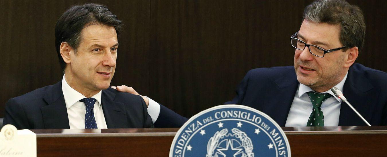 """Governo, Giorgetti: """"Conte non è una persona di garanzia"""". Il premier: """"Grave mettere in dubbio mia imparzialità"""""""