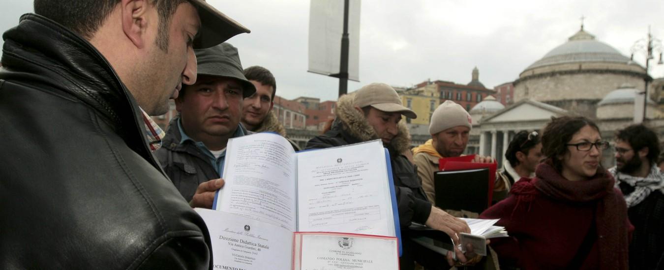 """Rom, Corte di Strasburgo: """"Italia assicuri alloggio a famiglie sgomberate a Giugliano"""". Salvini irride richiesta giudici"""