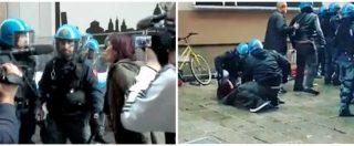 """Forza Nuova a Bologna, signora antifascista sfida la polizia: """"Da che parte state?"""". Gli agenti la scaraventano a terra"""