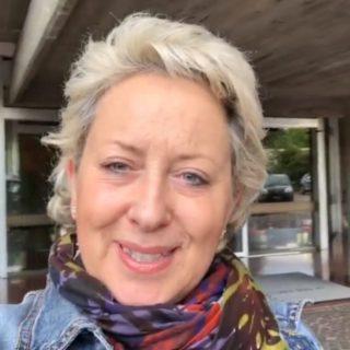 """Ballando con le Stelle, Carolyn Smith rivela: """"Ho tre tumori ma ho sospeso le cure"""""""