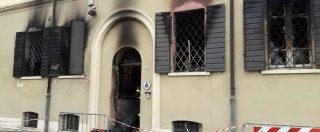 Modena, incendio doloso negli uffici dei vigili a Mirandola: 2 morti. Fermato un giovane nordafricano