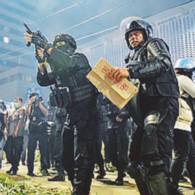 Urne contestate, sei vittime e decine di feriti negli scontri