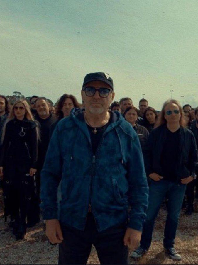 """Vasco Rossi, alla vigilia del tour la """"disperazione sociale"""" si ispira all'arte: """"Siamo solo noi, il Quarto Stato del rock"""""""