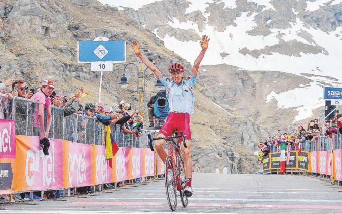 In montagna è finalmente ciclismo: vince il russo Zakarin. Tiene Nibali