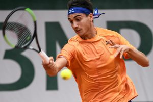 Roland Garros, Matteo Berrettini batte in rimonta Andujar. F