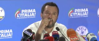 """Europee, Salvini ringrazia e bacia il rosario: """"Non ho mai affidato un voto a Maria ma il futuro del Paese"""""""