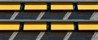 Bonus fiscali e permessi: cosa c'è da sapere prima di installare le tende da sole.