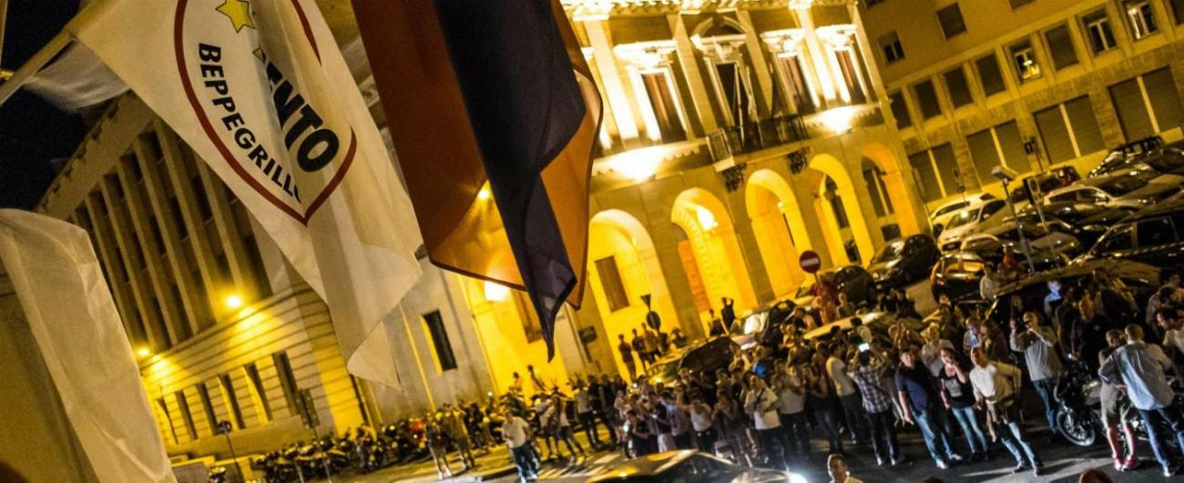 """M5s, Livorno simbolo della crisi. Le cause: dai """"parcheggi blu"""" alla differenziata. Ora il Pd punta sul """"fronte democratico"""""""