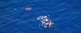 """La video-denuncia di Sea Watch: """"Una persona è annegata. Abbiamo chiesto aiuto ma non ha risposto nessuno"""""""