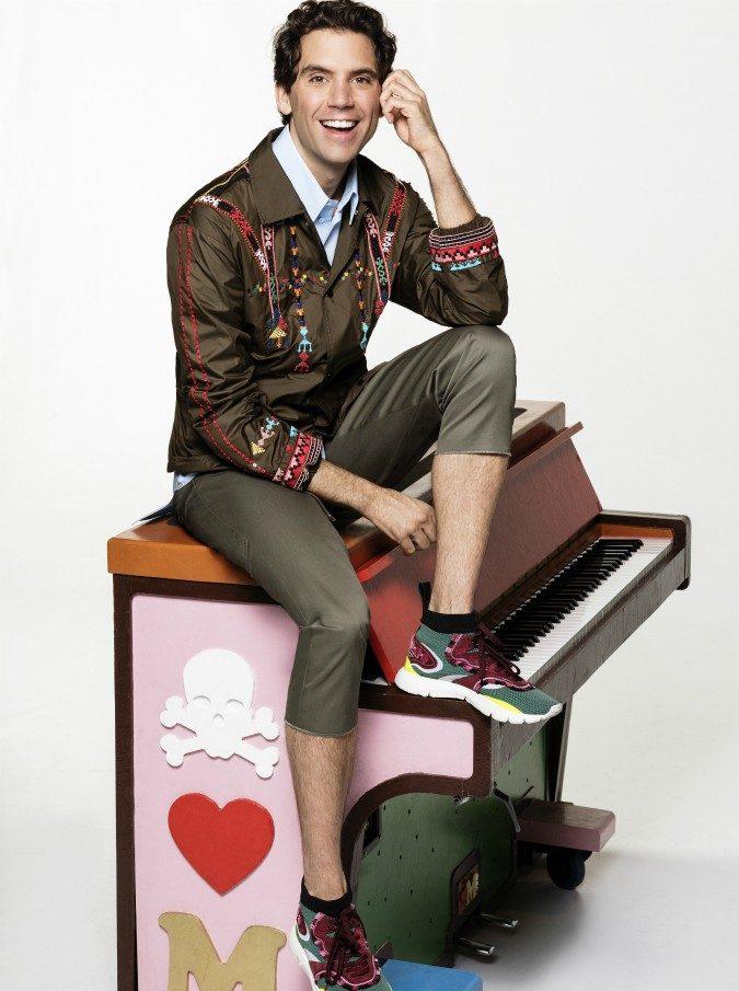 """Mika torna con un nuovo singolo e rivela: """"Ho affrontato problemi personali, seri e a volte dolorosi"""""""