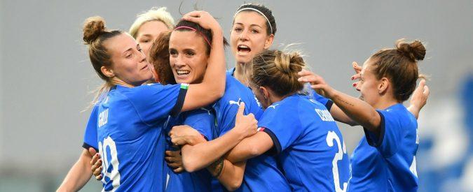 Mondiali calcio femminile 2019, oggi tocca alle Azzurre. Ecco perché incollerò mio figlio maschio alla tv