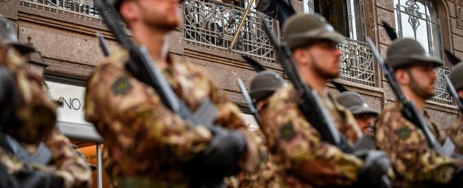 """Torino, maresciallo della Brigata Alpini Taurinense indagato per molestie su tre soldatesse. Esercito: """"Tolleranza zero"""""""