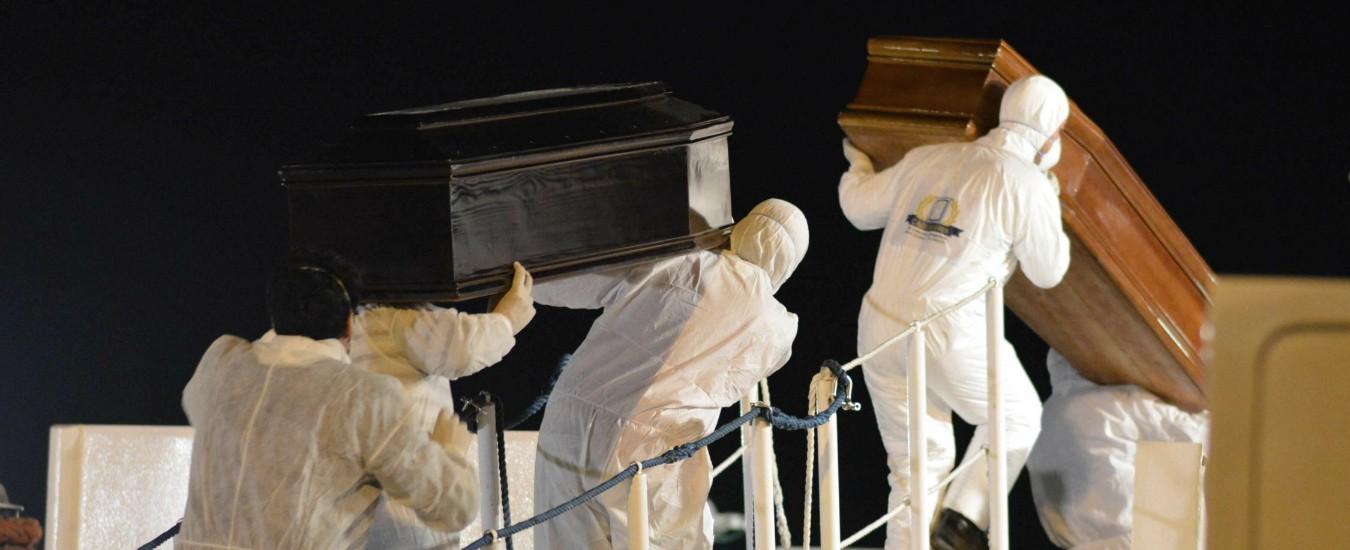 """Migranti, l'Ue denunciata alla Corte penale internazionale: """"Crimini contro l'umanità i morti nel Mediterraneo"""""""