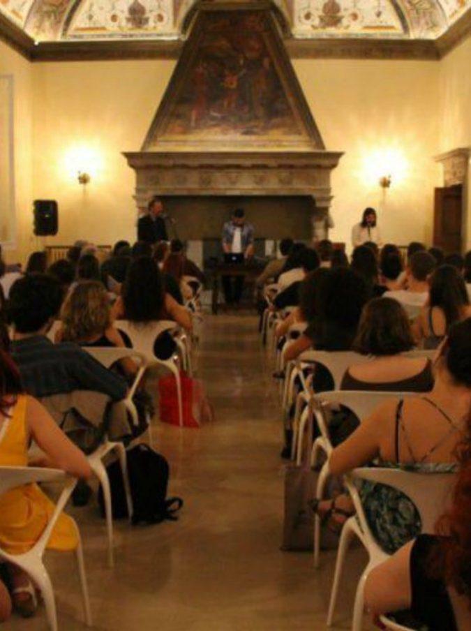 Bologna, giovani poeti incontrano la tradizione accademica italiana. Il 5 giugno inizia il Festival internazionale di poesia