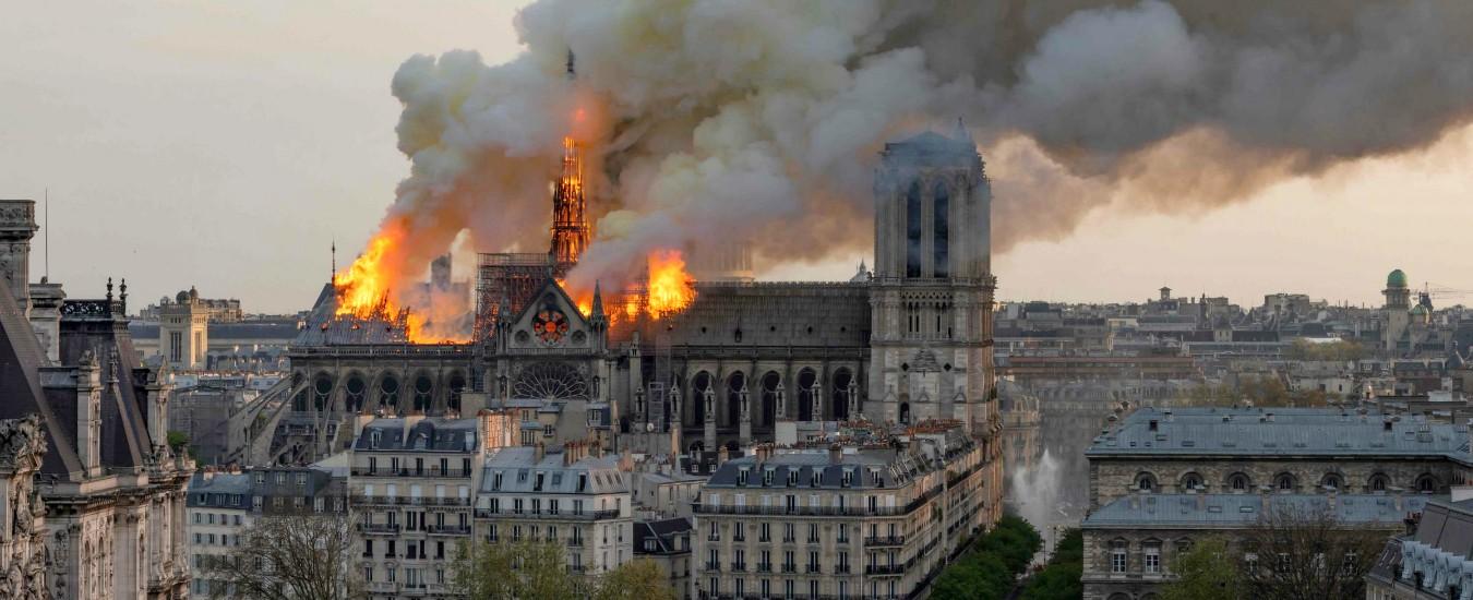 Incendio Notre-Dame, trovato piombo nel sangue di un bambino. Controlli per piccoli sotto i 7 anni e donne incinte