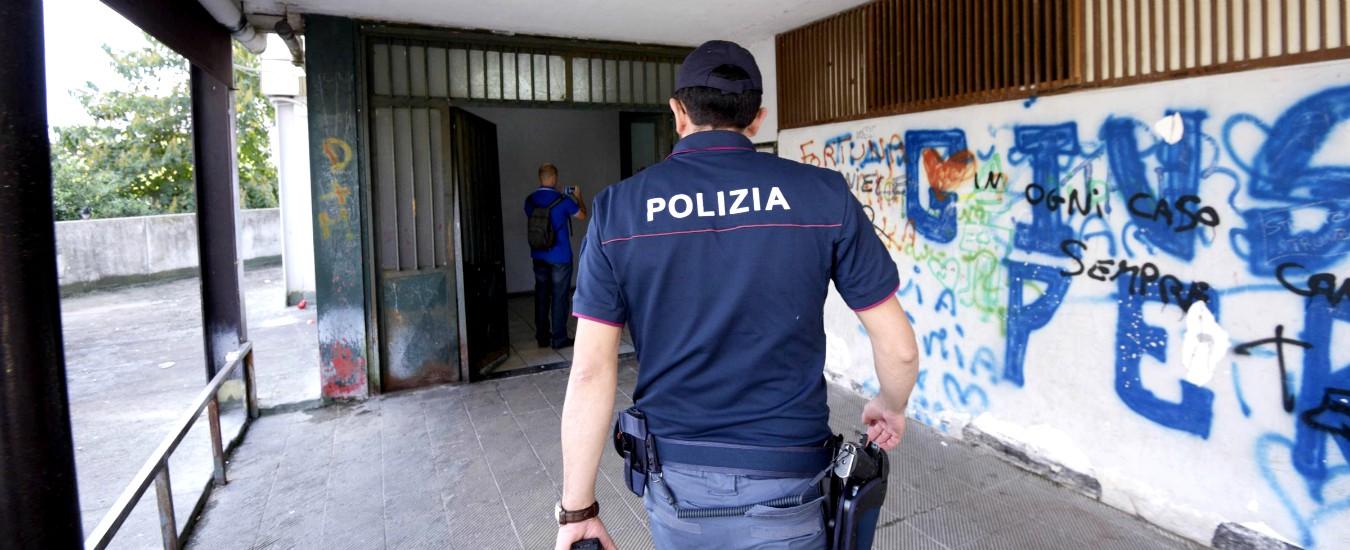 Varese, padre violenta la figlia di 10 anni mentre la madre assiste: arrestati