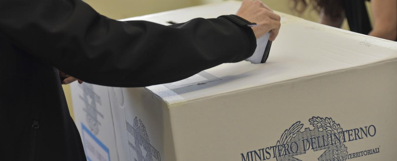 3daaad24bf Elezioni Bari. Cene, buoni benzina e promesse di lavoro in cambio di voti: