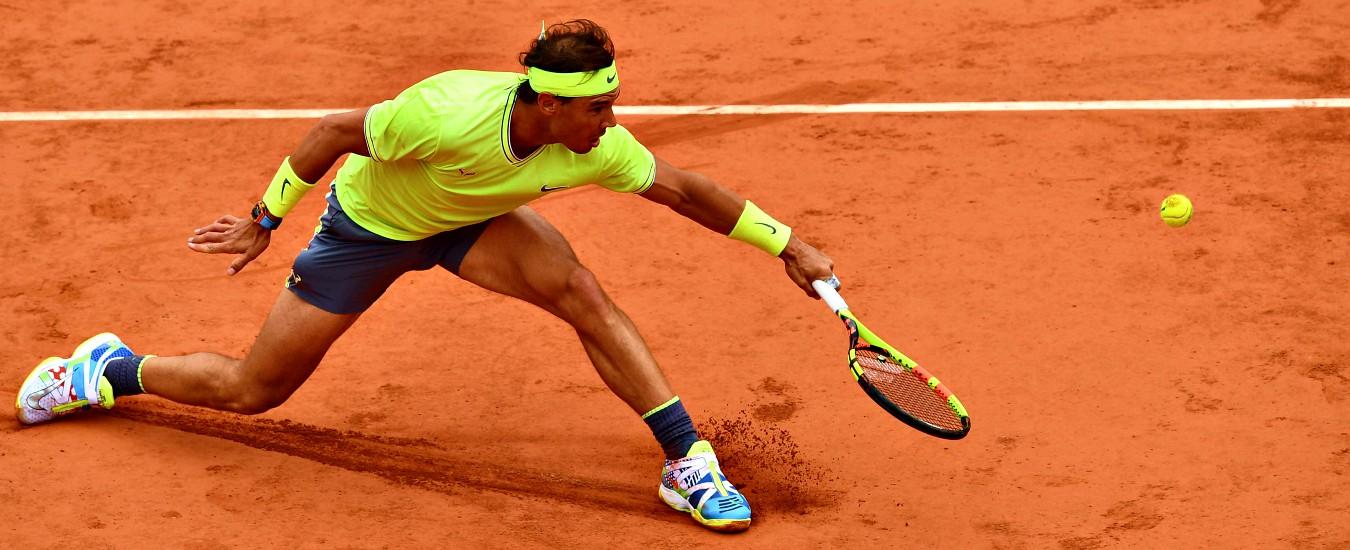 Roland Garros, sulla terra non c'è storia: Nadal liquida Federer, è 12esima finale