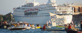 Venezia, la protesta contro le Grandi Navi non potrà arrivare a Piazza San Marco. La scelta del prefetto schierato con la Lega
