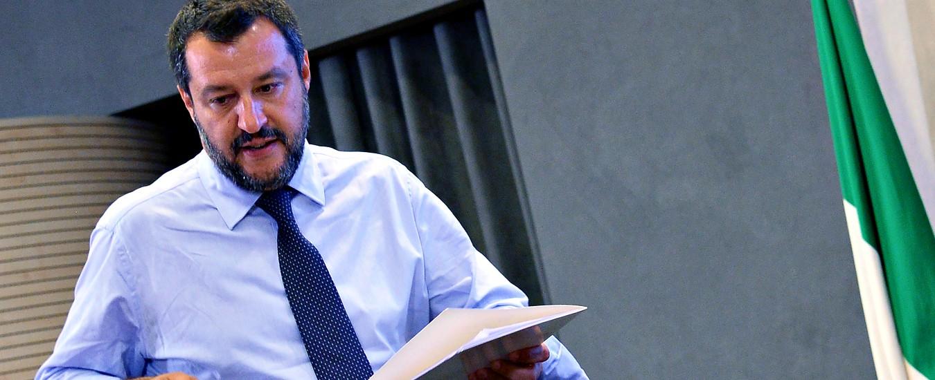 """Governo, Salvini evoca il rimpasto: """"Se serve squadra più compatta e revisione del contratto io sono disponibile"""""""