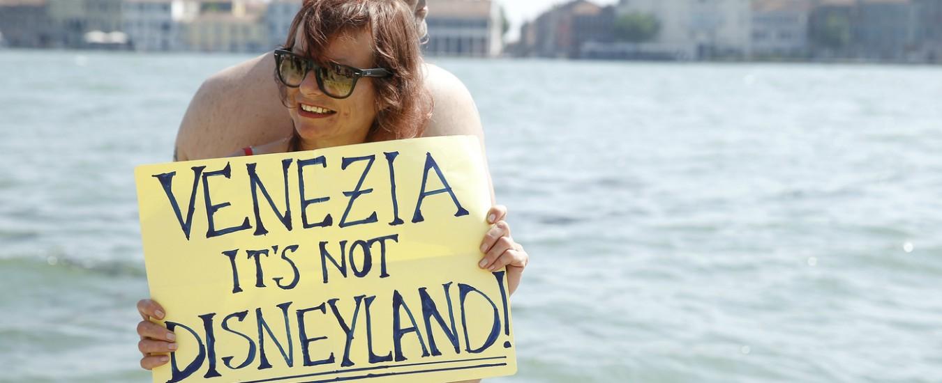 Venezia, il prefetto annuncia denunce per i manifestanti No Grandi Navi
