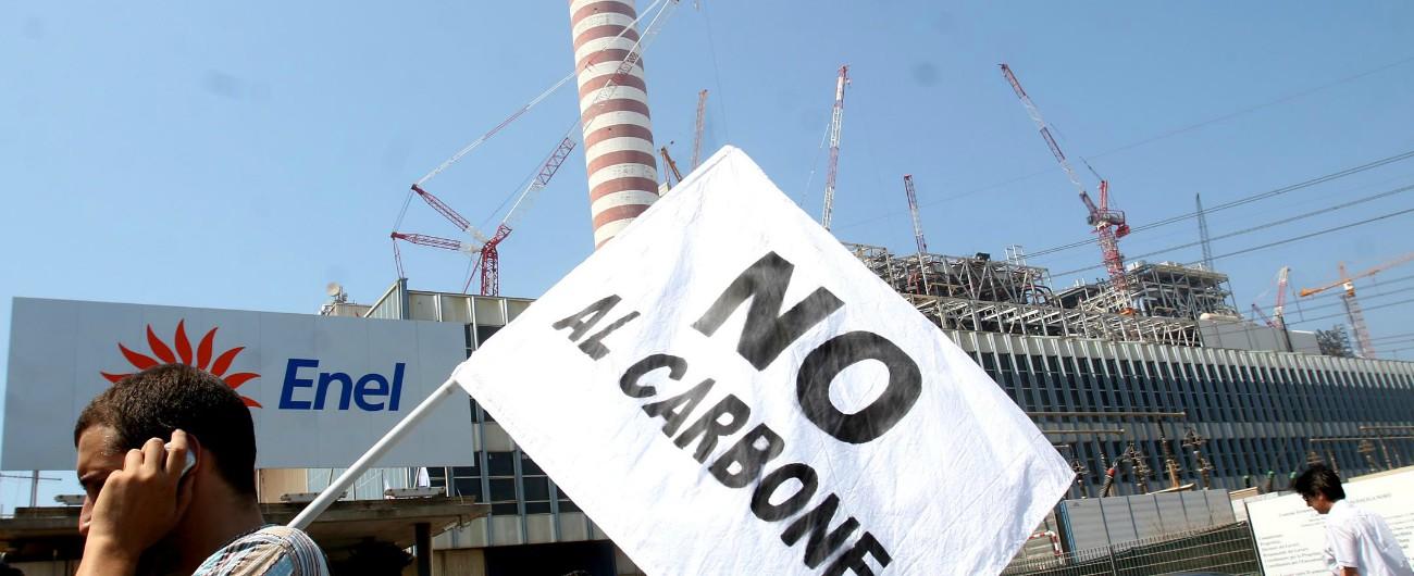 Civitavecchia, Lega diventa ambientalista nella città del carbone e vince le elezioni. Ma Salvini non rinuncia al combustibile