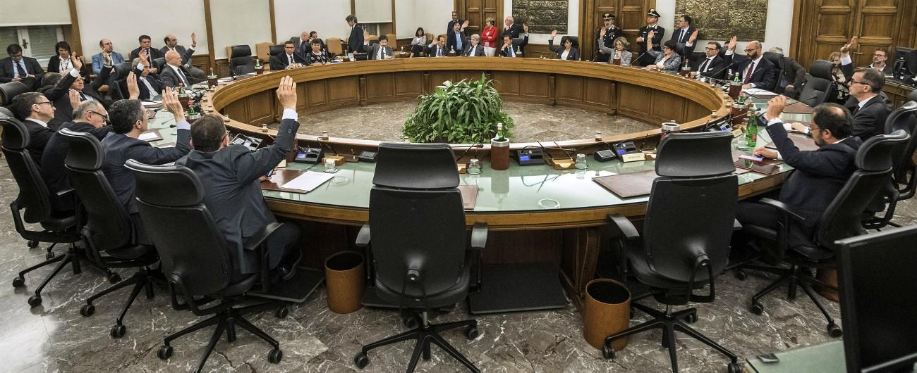 Csm, consigliere Morlini si dimette dopo azione disciplinare per lui e i togati che incontrarono Lotti
