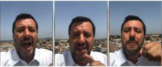 """Salvini a Camilleri: """"Dice che gli viene il vomito a vedermi col rosario? Scrivi che ti passa, io vado avanti"""""""