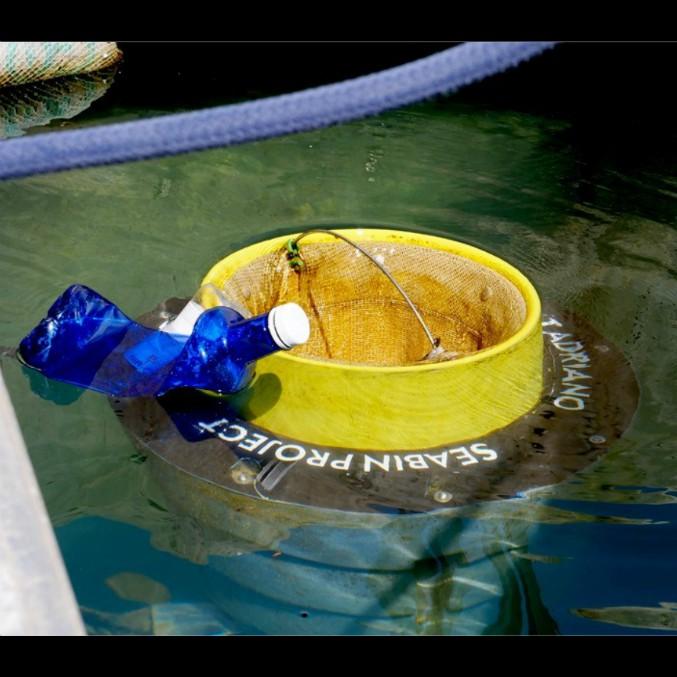 Volvo Seabin, le pattumiere del mare che catturano la plastica e salvano i pesci