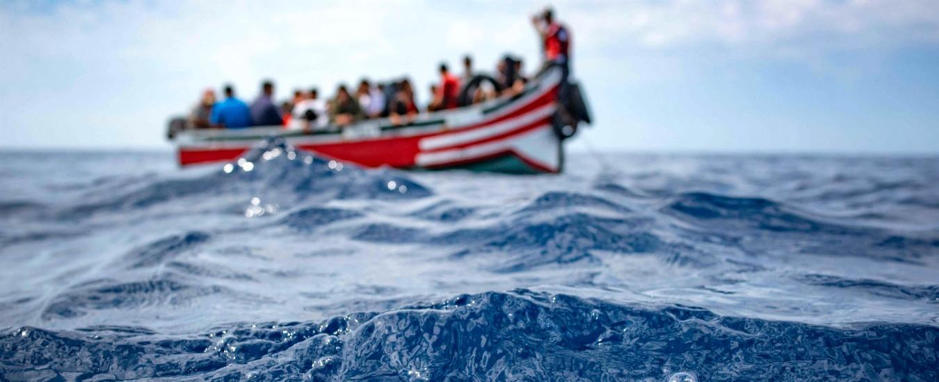 """Migranti, """"1.151 morti e 10mila riportati in Libia"""". Le ong all'attacco della politica dei """"porti chiusi"""""""