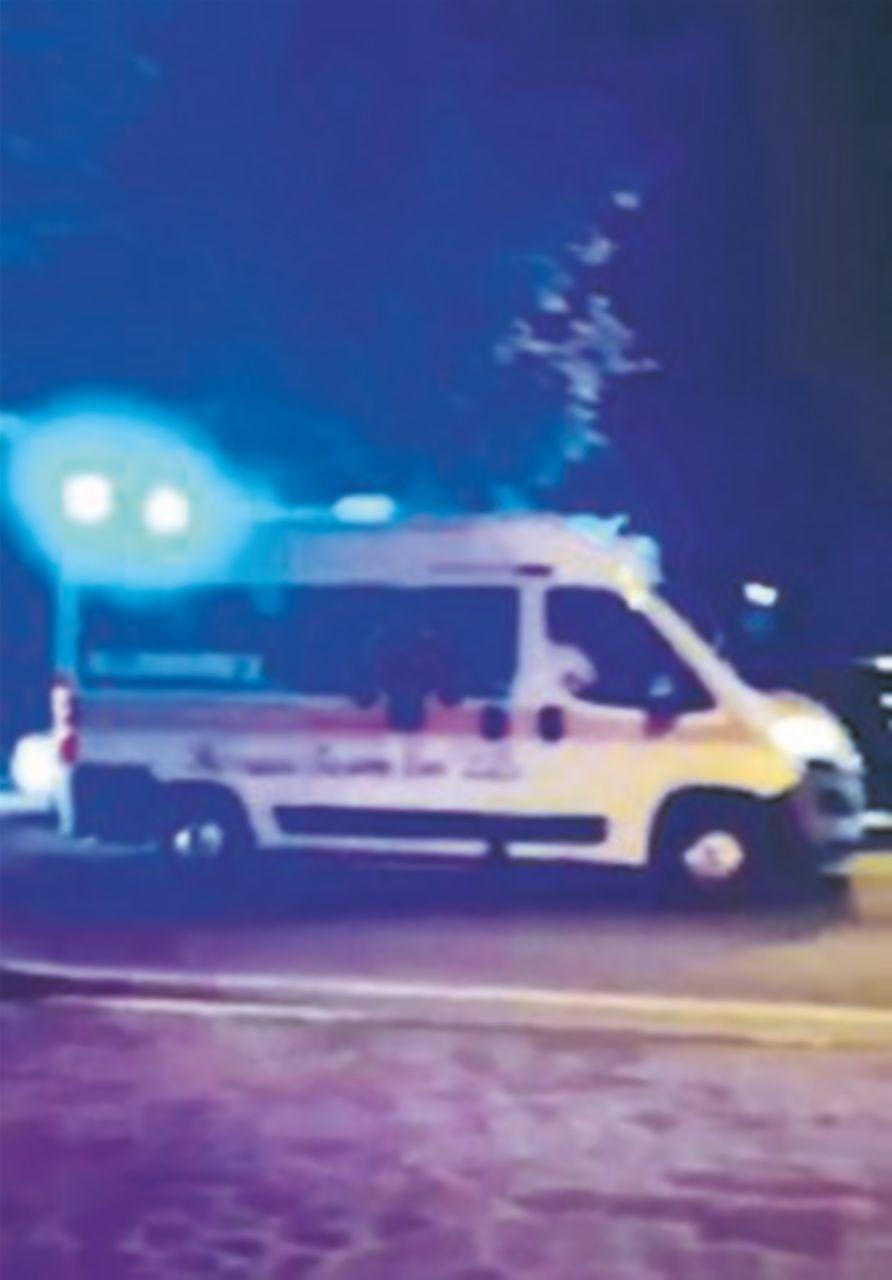 S'indaga sul corteo di ambulanze per Mister Fritture