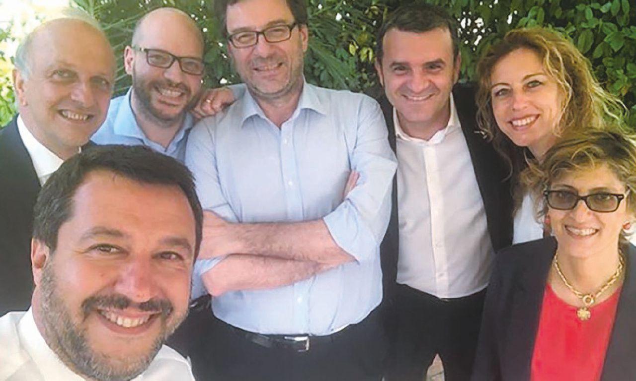 Salvini alza il tiro: adesso s'impiccia della Giustizia