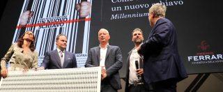 """Fq MillenniuM, il numero sul lavoro vince il premio 'Copertina dell'anno'. Gomez: """"Sistemare centri per impiego"""""""