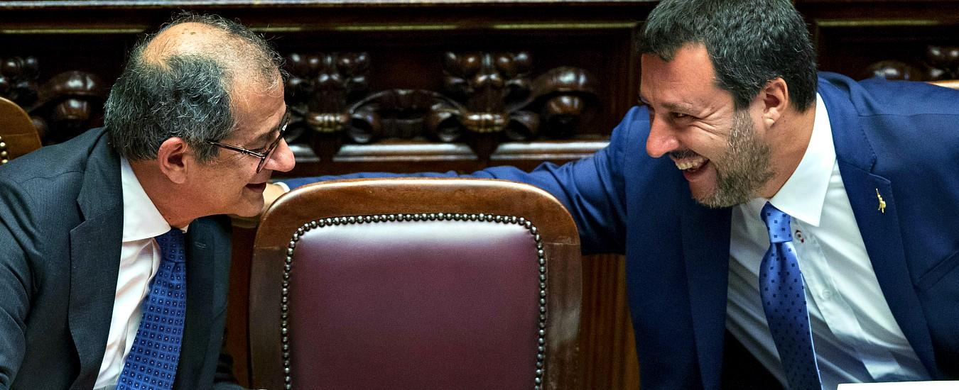 """Debiti Pa, Salvini: """"Tria trovi idea diversa, altrimenti sì ai minibot: è nel contratto"""". Ministro: """"Inutile, Stato paga nei tempi"""""""