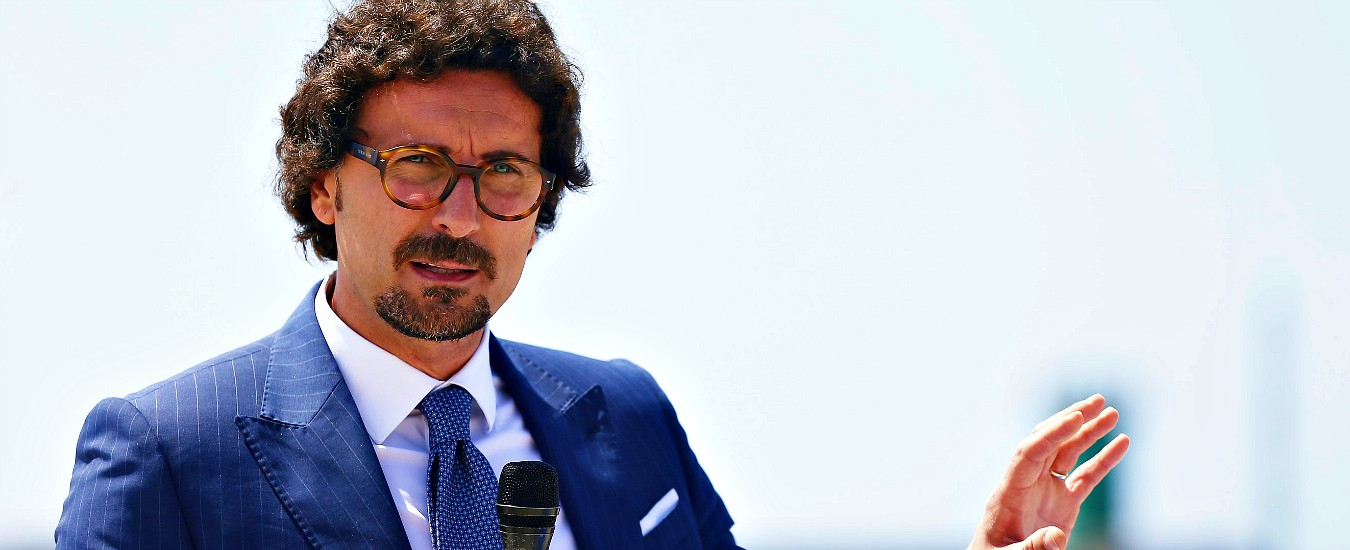 """Grandi navi Venezia, Toninelli boccia l'idea della Lega: """"Criticità su sicurezza"""". Allo studio due possibili soluzioni"""