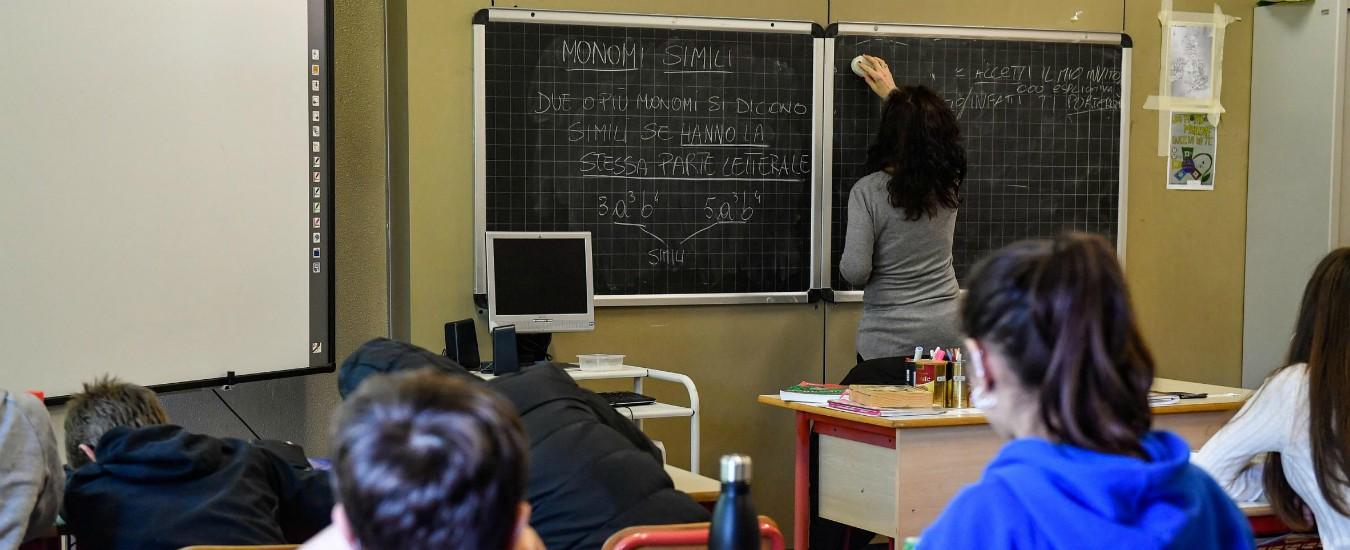 """Cosenza, presentavano titoli di studio falsi: 25 insegnanti indagati. """"Il falsario voleva 3mila euro per ogni diploma"""""""