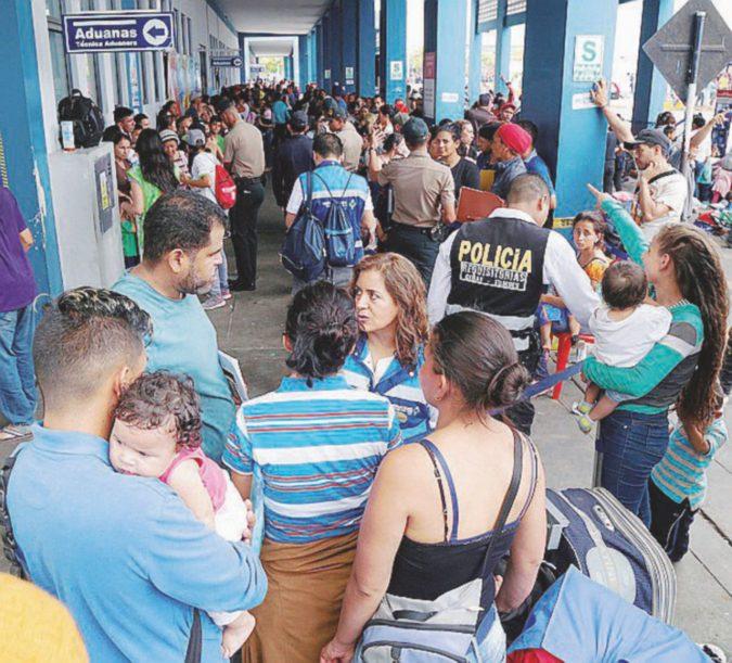Venezuela, fuga in Perù prima che sia troppo tardi