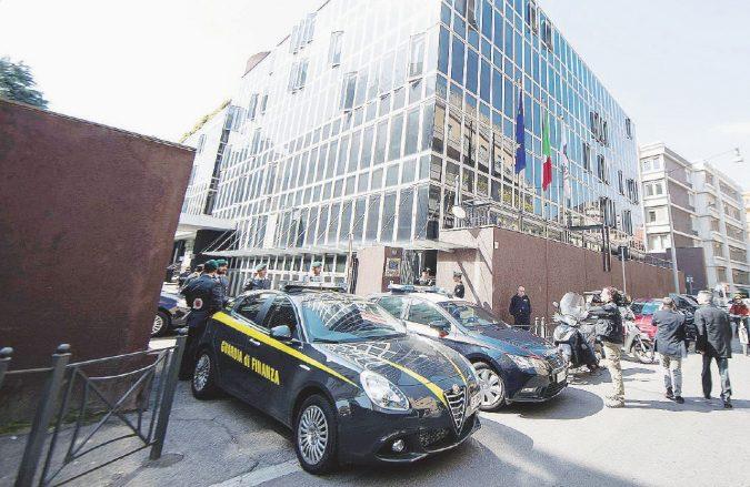 L'inchiesta Consip e la favola dei pm duri con Lotti e Renzi sr.