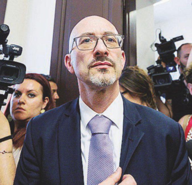 """Anm, via Grasso (MI) dentro Poniz (Area): """"Gigantesca questione morale fra le toghe"""""""