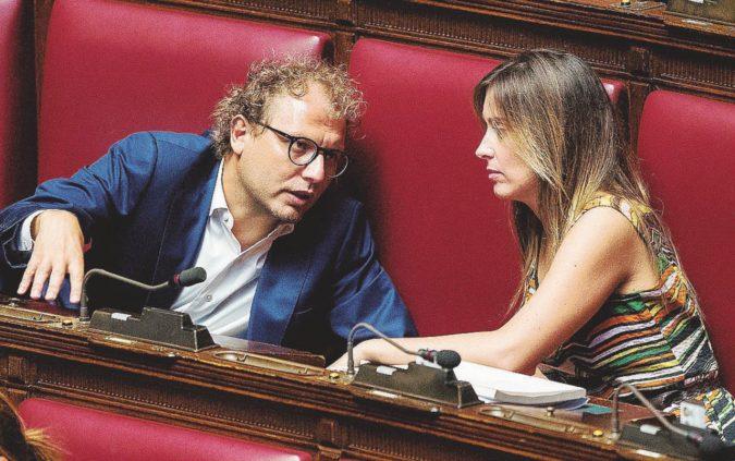 I vedovi renziani nel bunker: viva Lotti, abbasso Zingaretti