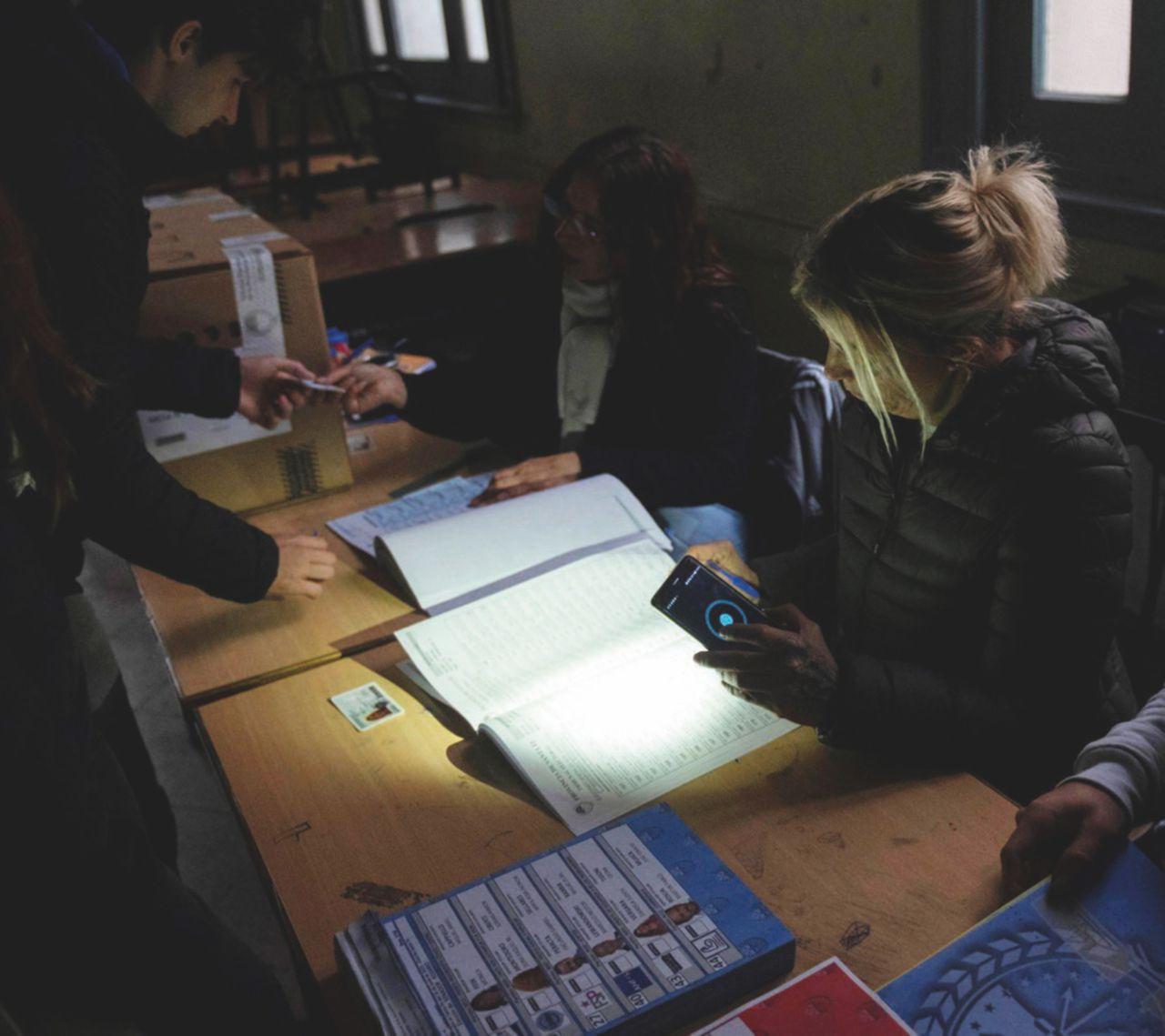 """Blackout """"italiano"""" a Buenos Aires: rete obsoleta e spremuta"""